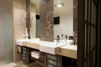 Designer Bathroom Sinks on Of Individual Space Within A Master Bathroom Interior Design Plan