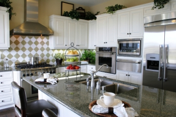 Why a White Kitchen is a Hot Choice